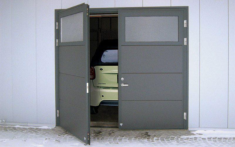 raspashnye-garazhnye-vorota-2416066