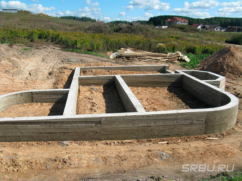 monolitnui-lentochnui-fundament-3918597