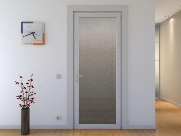 dveri-dlja-vannoj-i-tualeta-2-600x450-8085947