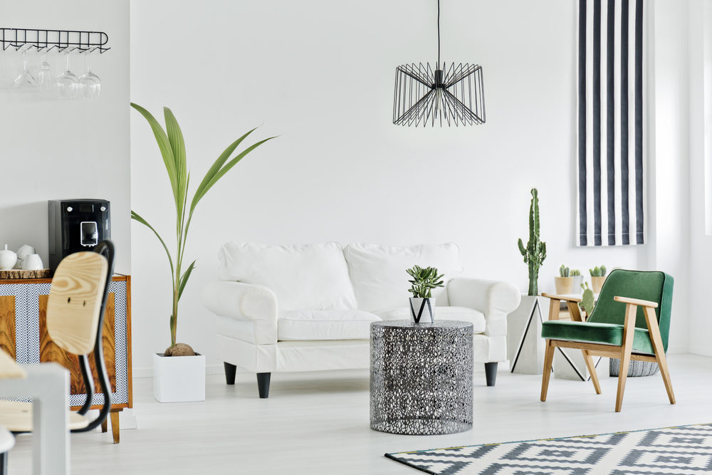 multifunctional-interior-with-white-sofa