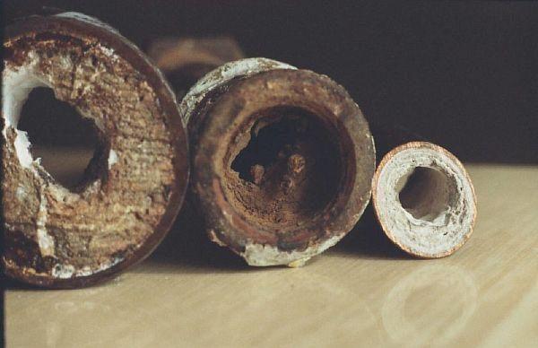 zasorenie-vodoprovoda-v-rezultate-ekspluatatcii-1905328