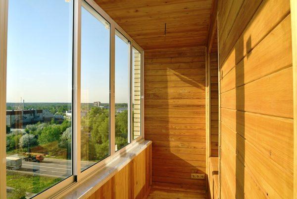 Деревянная вагонка для балкона