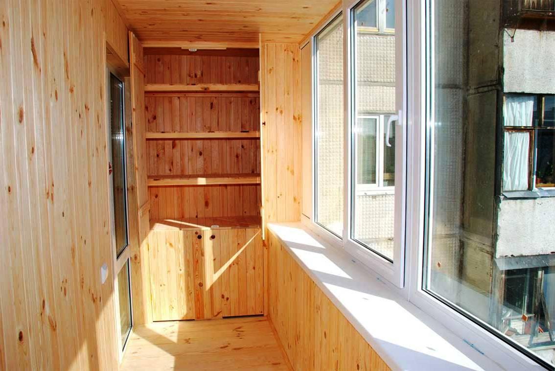 Отделка балкона вагонкой или сайдингом, отличия и преимущест.