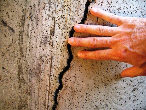 Повреждение бетона