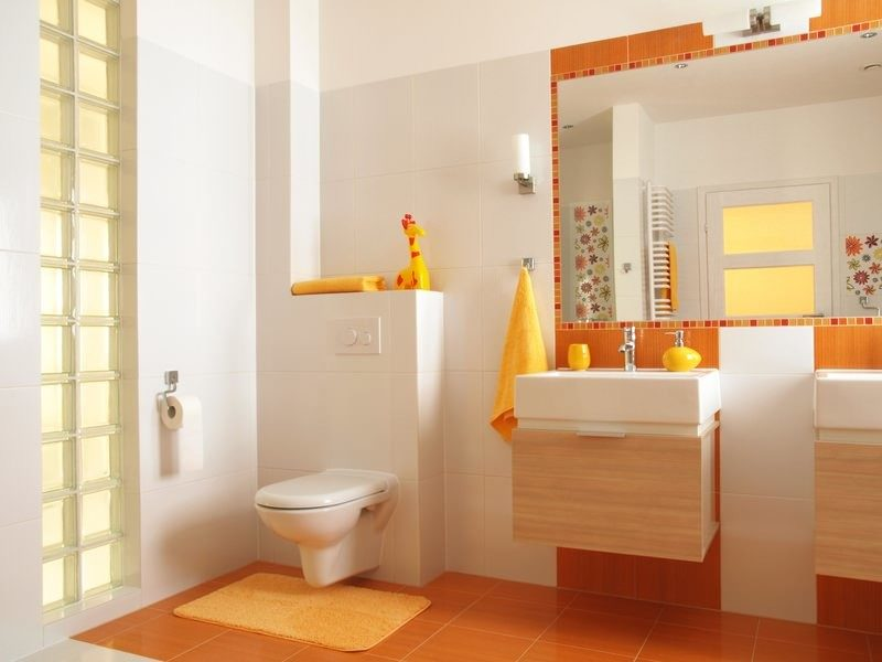 colorful-children-bathroom-with-toilet
