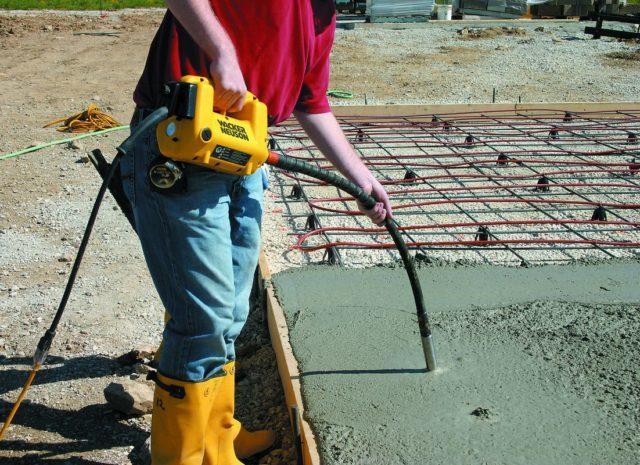 glubinnyj-vibrator-dlya-betona-svoimi-rukami-2-e1525924737506-3773857