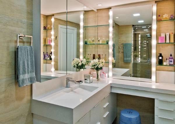 dekor-zerkala-podsvetkoy-7600930