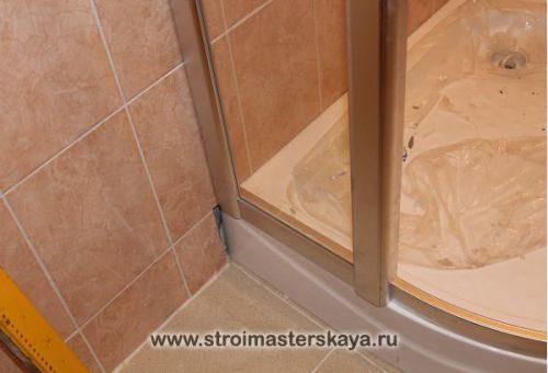 montazh_stenok_dushevogo_ugolka-4853988