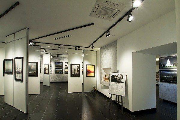 Выставочное освещение