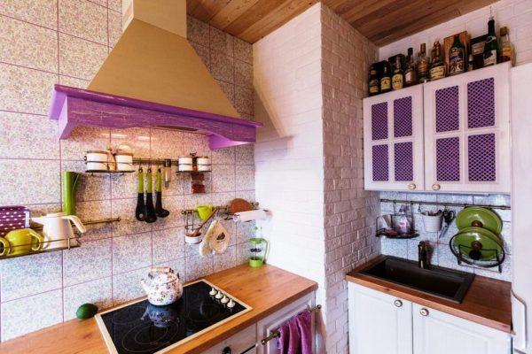 Маленькая кухня в стиле прованс 1
