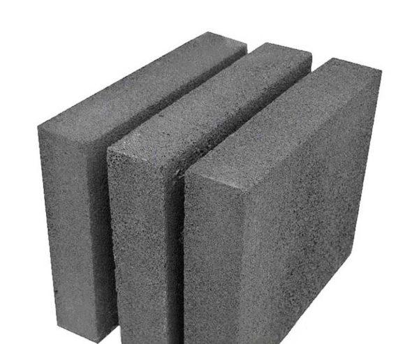 Самый распространенный размер плит из ячеистого стекла — 600 х 450 мм. Их толщина находится в диапазоне от 3 до 12 см (шаг 1 см)