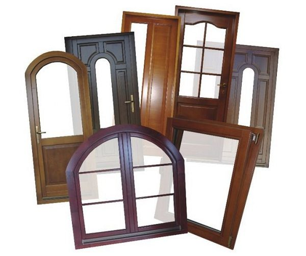 материалы для окон и дверей - дерево, винил и алюминий