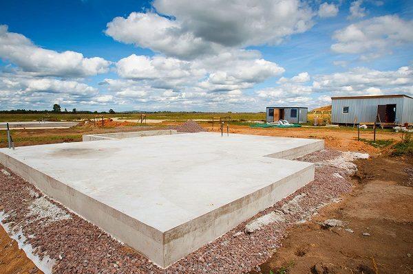 Ремонт и строительство современных домов - фундамент