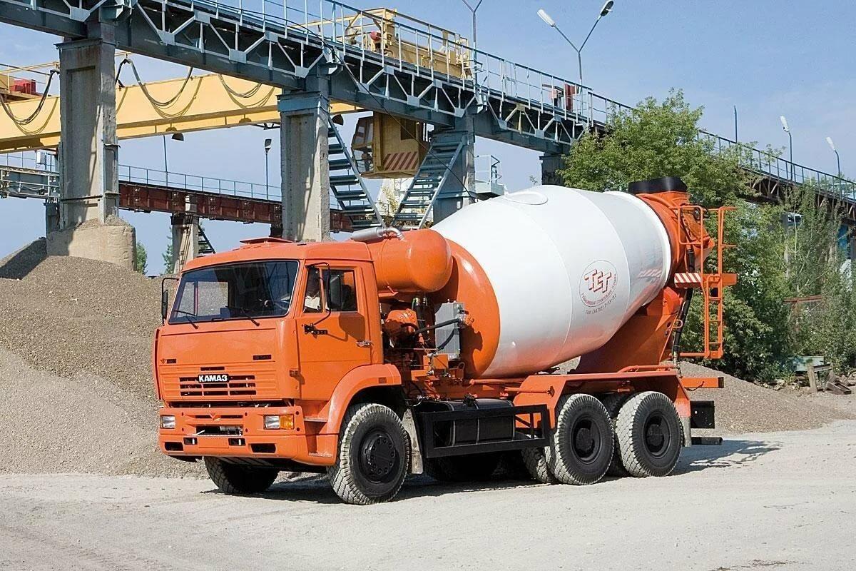 obem-miksera-betonovoza-kamaz-8422285