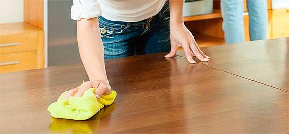 Протирайте мебель