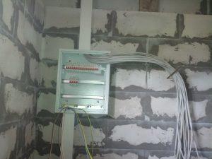 shema-e60lektroprovodki-v-garazhe-34-300x225-6374929