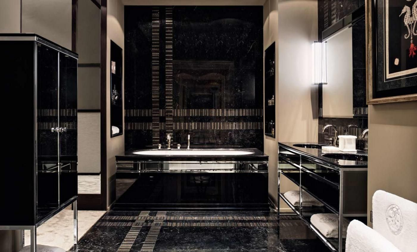 bathroom-2-4132280