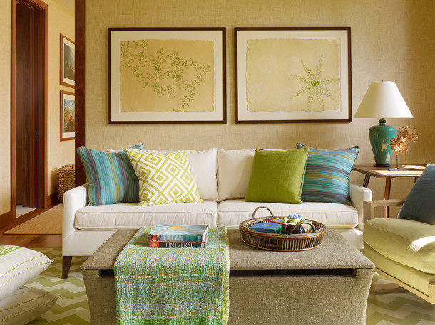 tropical-family-room4-610x457-9353925