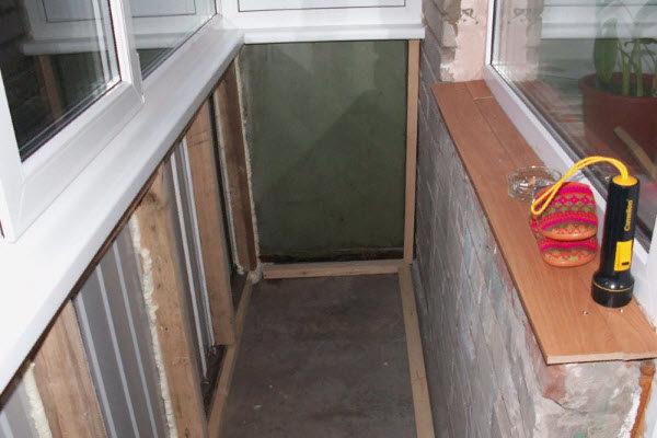 uborka-na-balkone-1862418