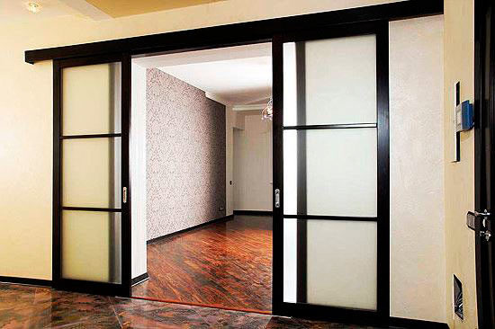 ustanovka-dverei-zavershena-5-1131176