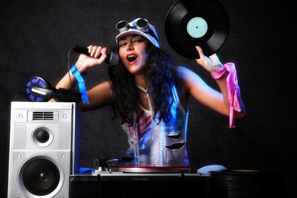Удачная музыка для вечеринки как выбрать