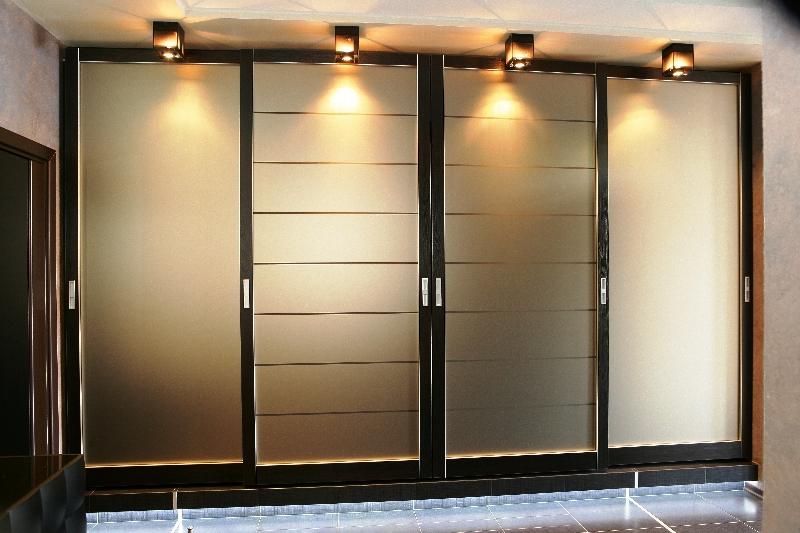 Светильники для шкафов-купе