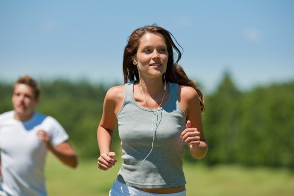 Какую музыку слушать во время пробежки