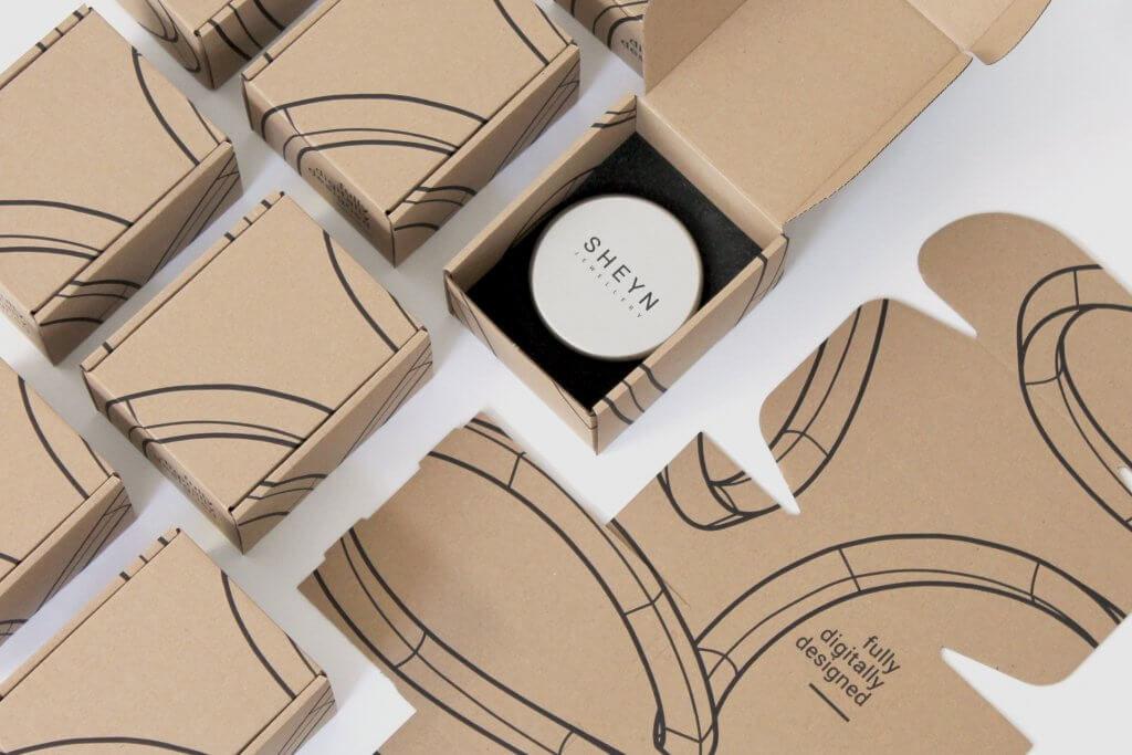 sheyn-shipping-box-04-1-1024x683-2752580